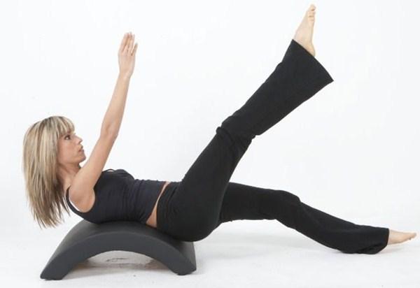 exercício pilates meia lua
