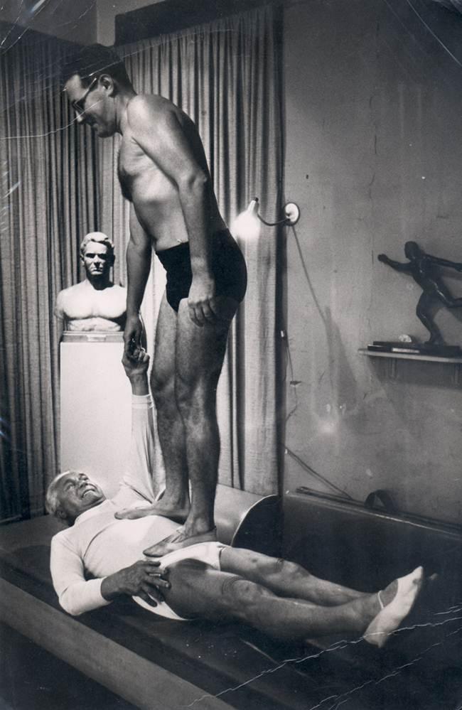 joseph pilates abdomen